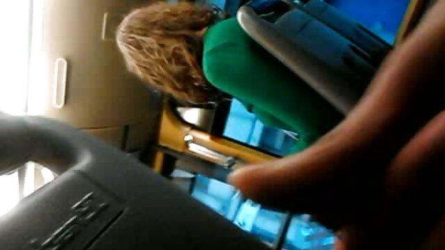 医師は、喉の痛みのほとんどが声を失ったのを効果的に助ける方法を見つけます。 女子 の ため の エロ 動画