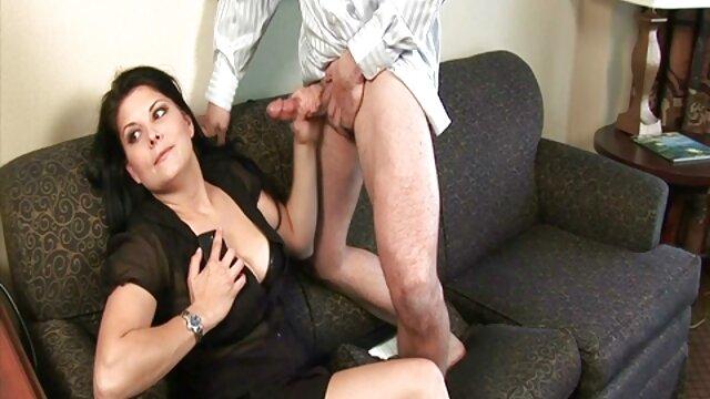 成熟した看護師にストッキング積彼女の滑りとディルド エロ 動画 女性 用