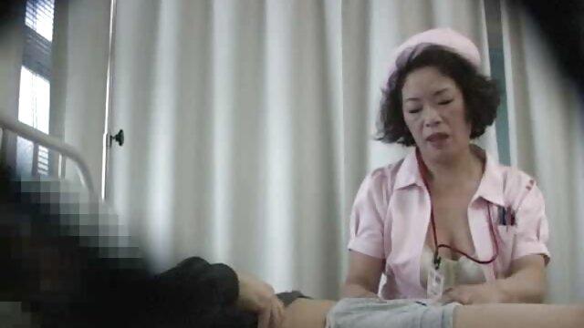 若いふしだらな女は、お尻に積極的にコックを吸った後、肛門性を待ちます 無料 女性 向け アダルト ビデオ