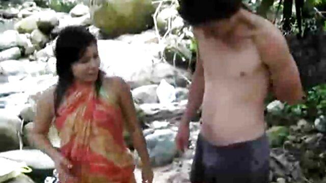 深いblowjobと彼女の夫を喜ばせる白いランジェリーで赤毛の主婦。 女の子 用 の エロ 動画