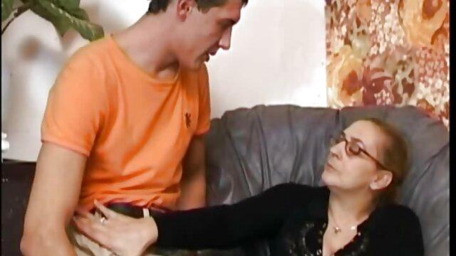 セクシーな看護母は彼女に強い魅力を持っているだけで、私が家にいるとき、彼女は本当の女性が行うことができ、コックを喜ばせることができるベッドの中で見たので、男が彼女に向かって彼女を魅了し、彼女に向かうのに十分です。 女の子 用 エロ 動画