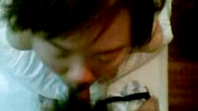 長い髪のふしだらな女は、ダブルの浸透ギャングバンと同時に彼女のお尻、猫と口で立ち往生しているコック エロ 動画 女 用